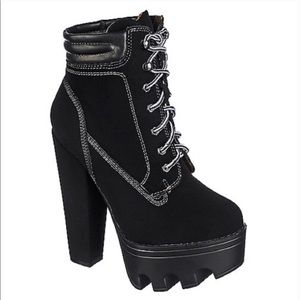 Wild Diva Shoes - The Taryn, Lace Up Bootie